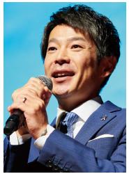 清水 健 氏
