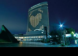 ハートマークのイルミネーション 神戸ポートピアホテル
